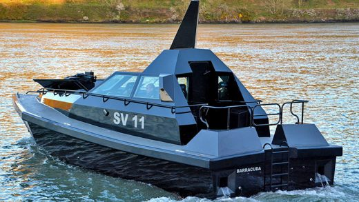 Barracuda RCS Interceptor savaş teknesi